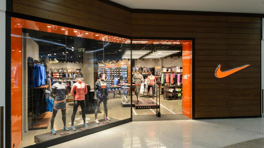 Nike prueba en Los Ángeles la tienda del futuro